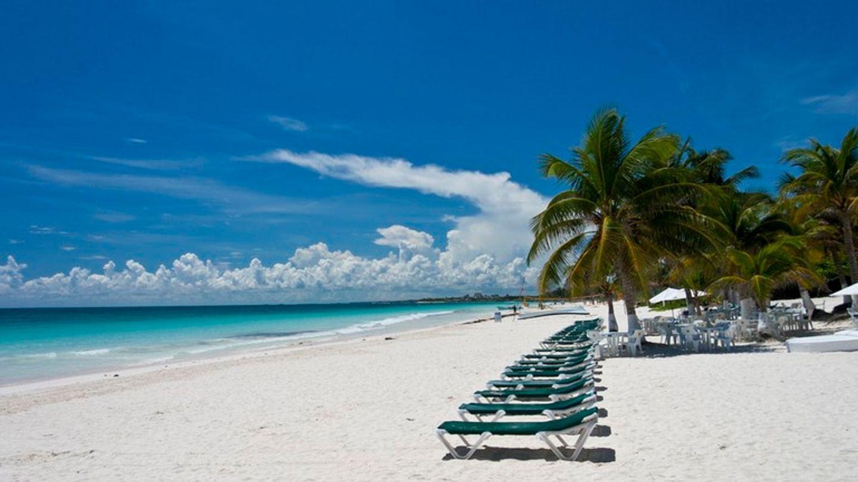 BEACH PARADISE IN THE JUNGLE OF THE RIVIERA MAYA