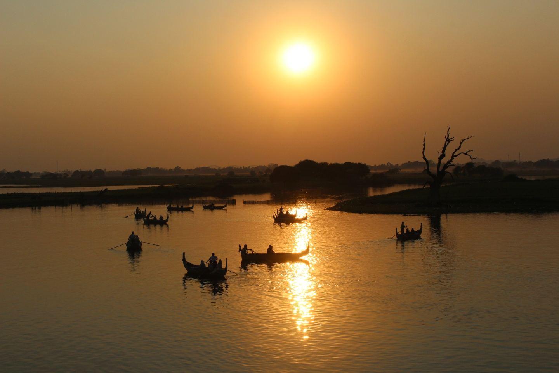 Four Days of Golden Rock, Mandalay, Maymyo & Train Ride Via Gokteik