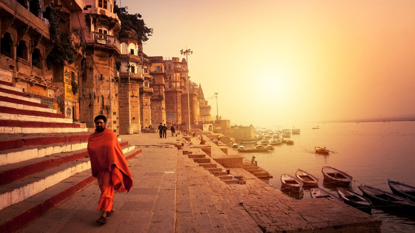 Heritage trip to Agra and Varanasi