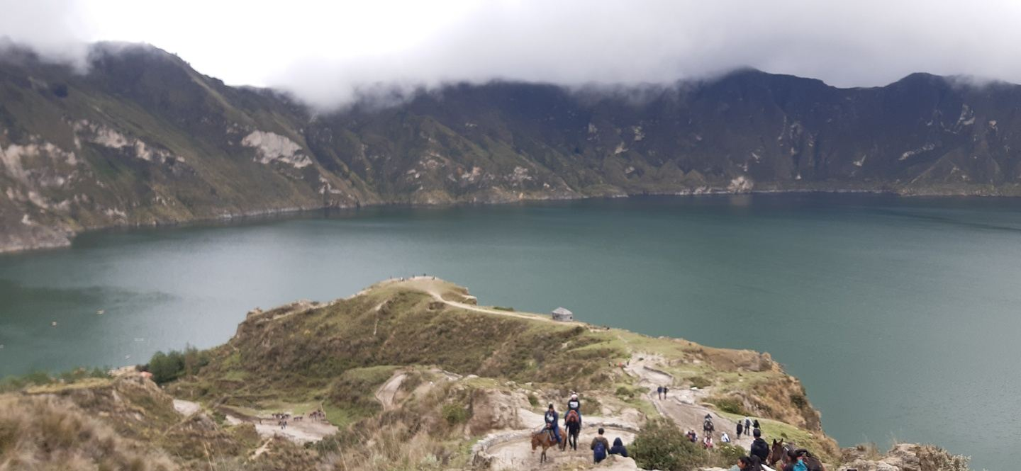 Cotopaxi and Quilotoa Lagoon in 1 day