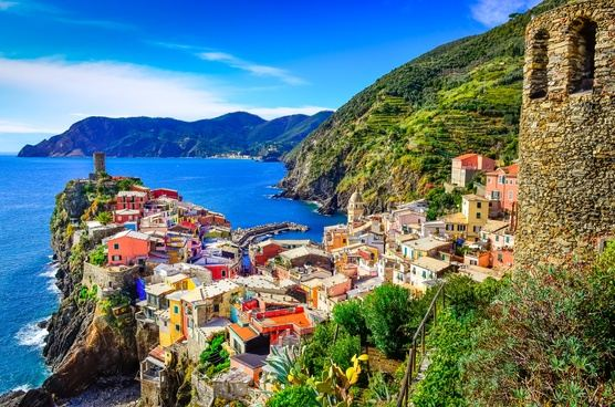 Yoga experience in the stunning Cinque Terre, 6 days