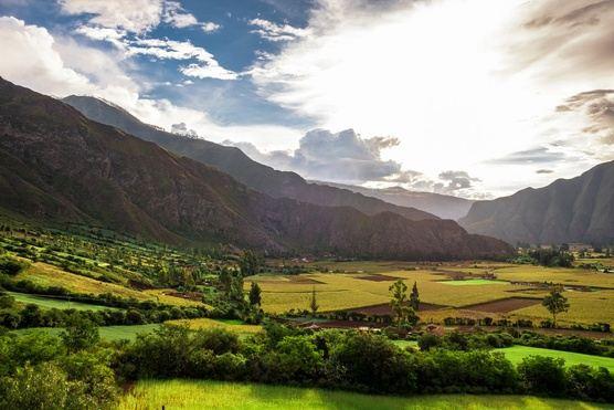 Kindred Spirit Peru Yoga Retreat with Azure Wolfe