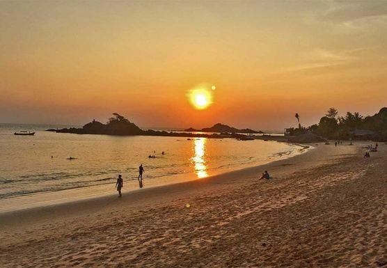 Feb '19 11 Days 100Hr Yoga Therapy Teacher Training in Om Beach, India