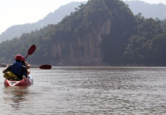 F04 - FULL DAY - KAYAK TO PAK OU CAVES . ELEPHANT INTERACTIONS