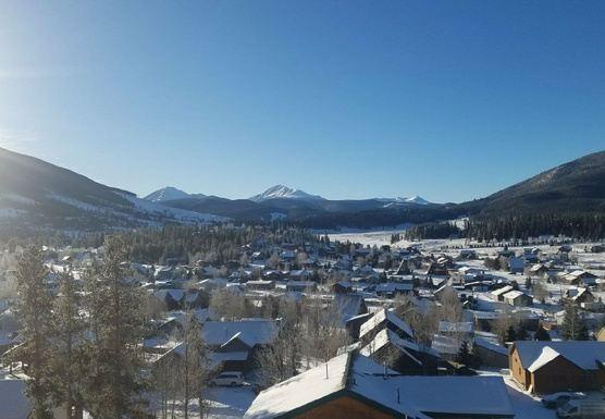 Nama-ski: Yoga and Skiing wellness retreat