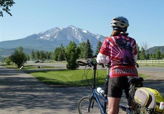 Summer Retreat in the Roaring Fork