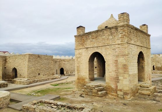 Qobustan + Mud Vulcano + Fire Temple + Fire Mountain + Baku city tour