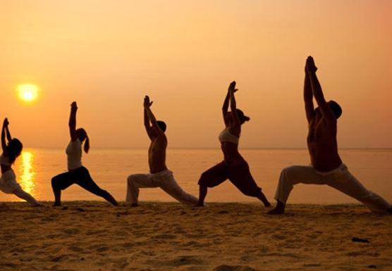 Reviving - Ayurvedic Yoga & Thai Massage  Beach Retreat Sri Lanka
