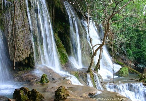 F11 – FULL DAY – HIKE TO KUANG SI WATERFALL