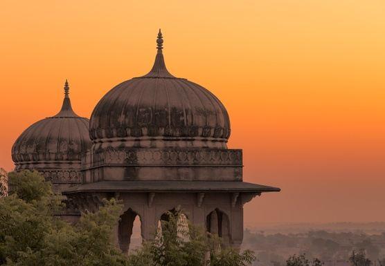 Retiro de meditación y crecimiento personal y/o viaje espiritual India