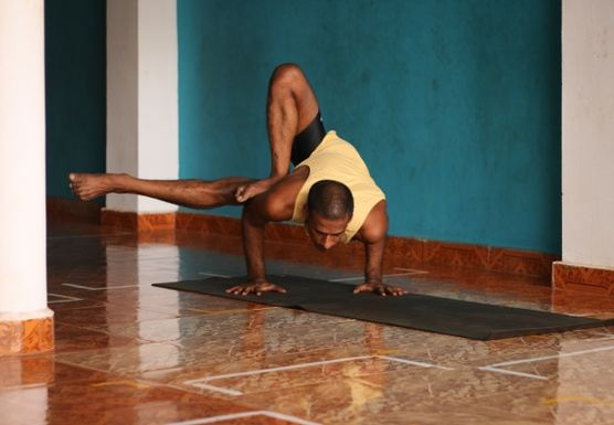 Midsummer Ashtanga Yoga retreat with Balu Thevar in Sicily