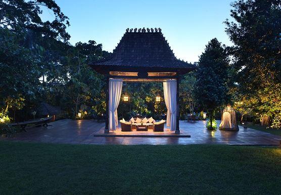 Authentic Balinese Yoga retreat