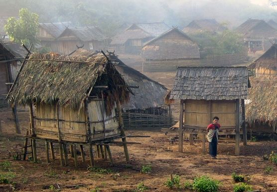 TW07 - TWO DAY TREK TO HILLTRIBE HMONG & KHUM VILLAGE, HOMESTAY IN