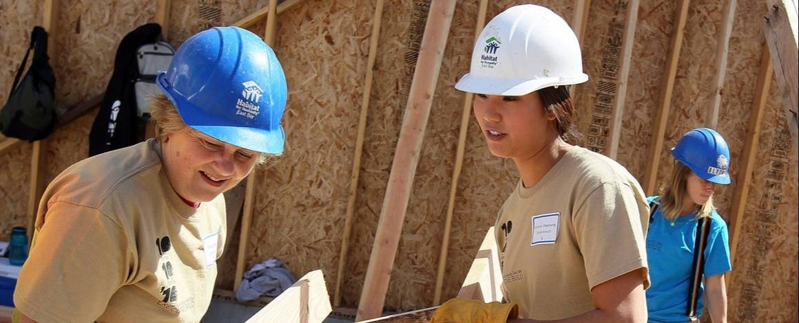 A Year With AmeriCorps- Is It Right For You?