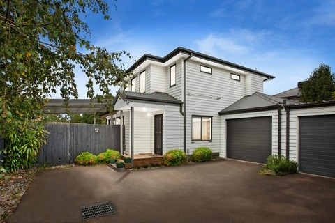 15A Mountain View Road KILSYTH VIC 3137
