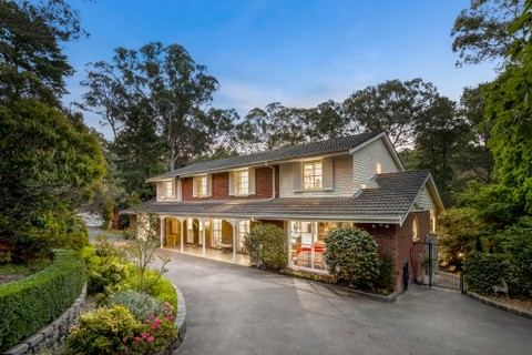 27 Heads Road DONVALE VIC 3111