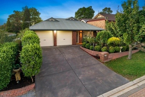 4 McLeod Court Greenwith SA 5125