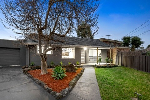 15 Maurice Court WANTIRNA SOUTH VIC 3152