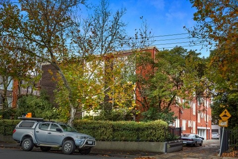 10 /272 Williams Road TOORAK VIC 3142