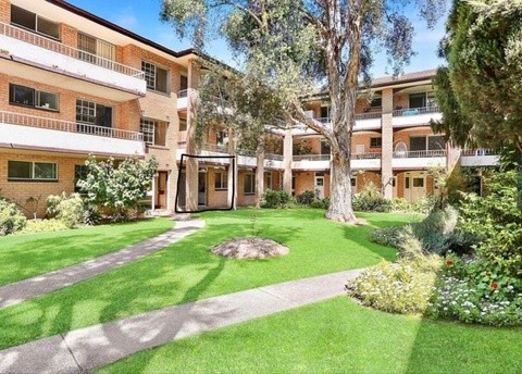 2/4-8 Lismore avenue DEE WHY NSW 2099