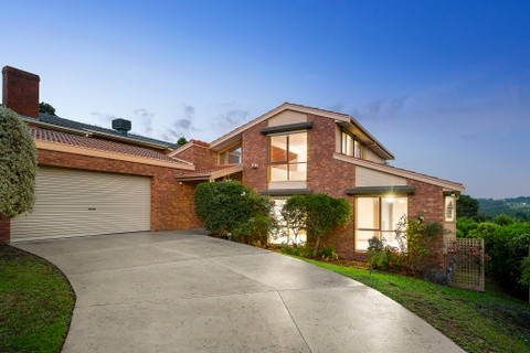 19 Red Plum Place DONCASTER EAST VIC 3109
