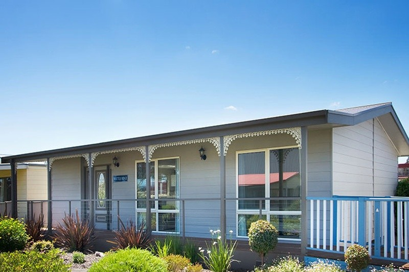 Single storey Wattle Ridge Granny Flat by Premier Homes