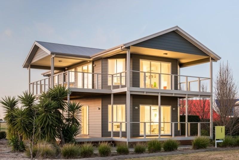 Double storey Coastal House by Rivergum Homes SA