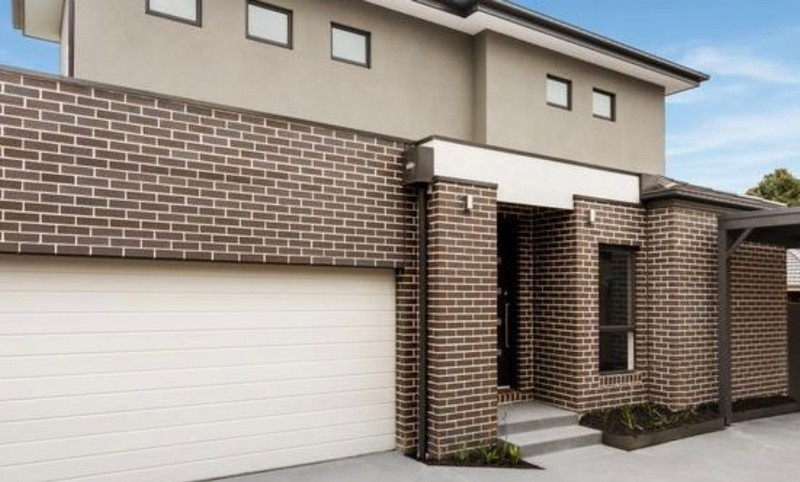 Double storey Wantirna South - Custom New Build House by Woodsman Projects