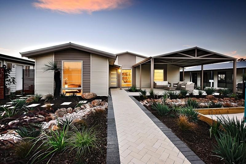 Single storey The Pilbara House by TR Homes
