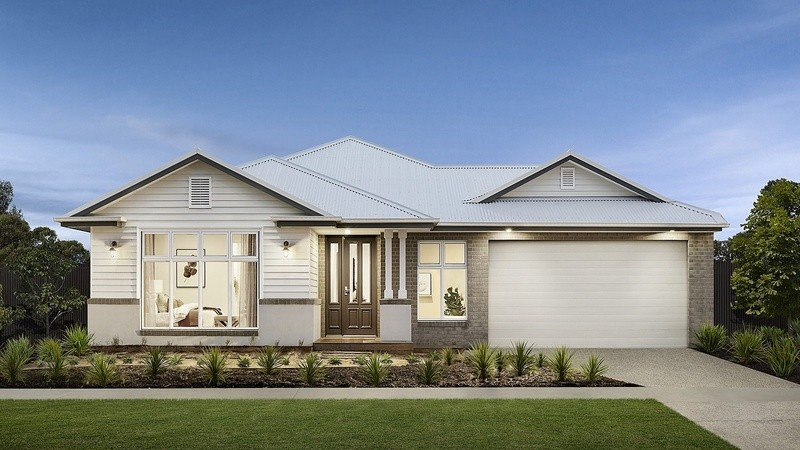 Single storey Murray House by Beachwood Homes