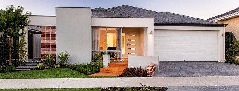 Single storey The Monternero House by Commodore Homes