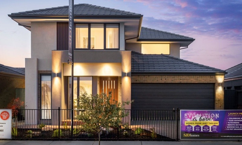 Double storey Barclay H352 House by SJD Homes
