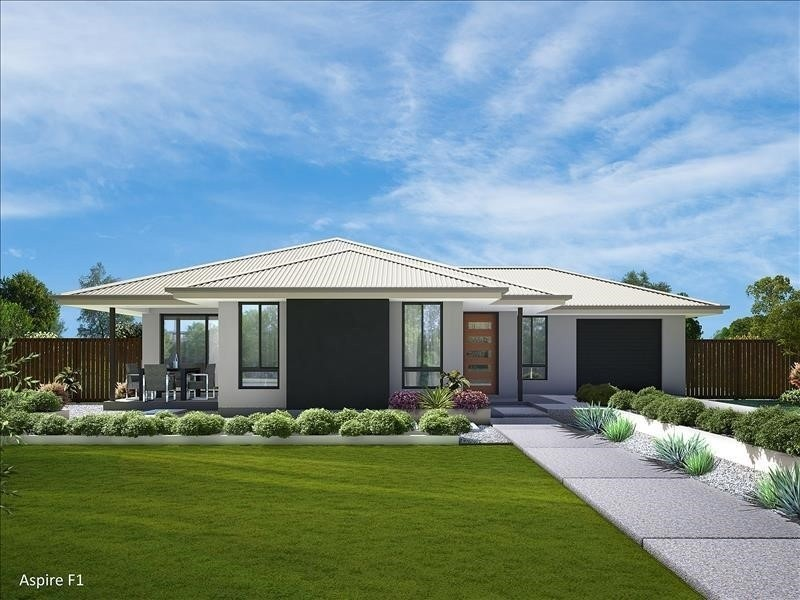 3 beds, 1 baths, 2 cars, 15.57 square facade