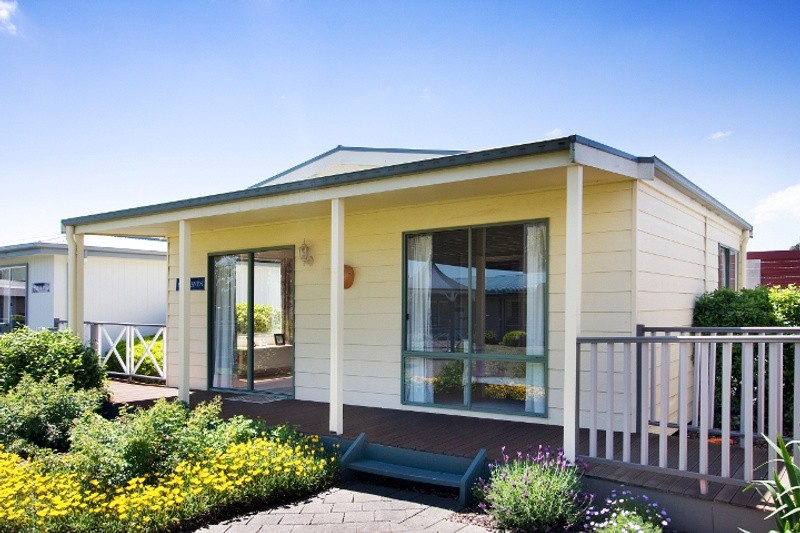 Single storey Fairhaven Granny Flat by Premier Homes