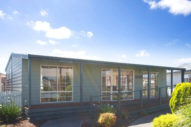 Single storey  Granny Flat by Premier Homes
