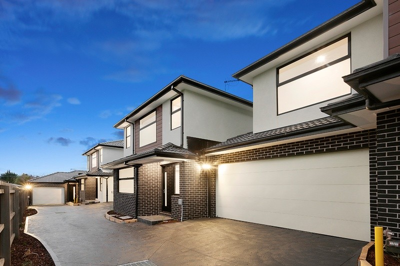 Double storey Dorset Road, Boronia - 4 Townhouse project Dual Occupancy by KGN Homes