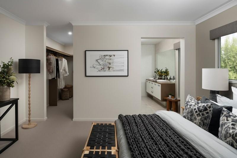 4 beds, 2 baths, 2 cars, 34.25 square main