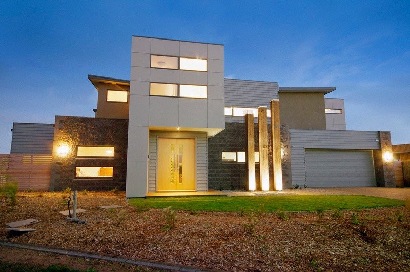 Double storey D39 House by Pivot Homes