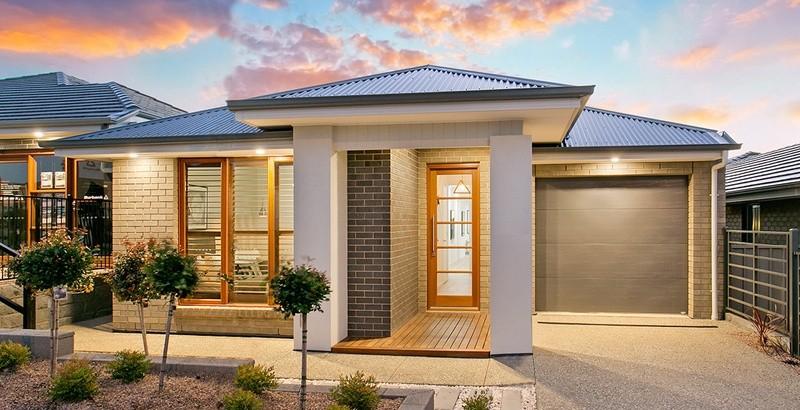 Single storey Madigan House by Burbank Homes SA