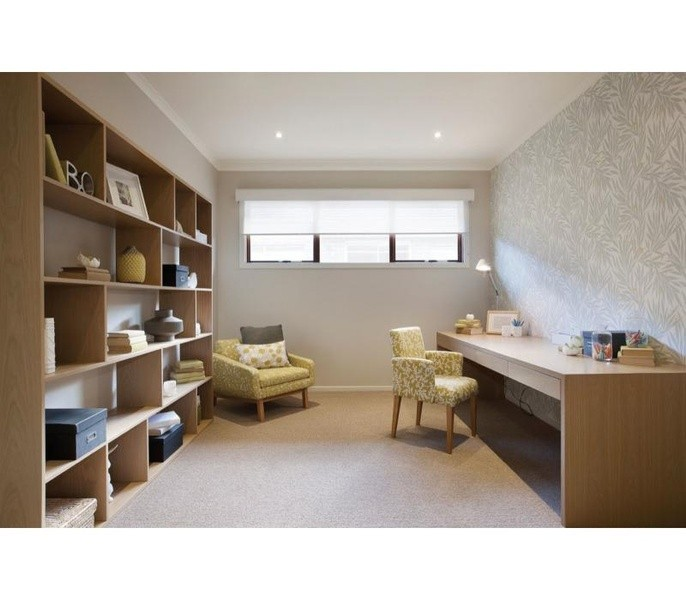 4 beds, 2.5 baths, 2 cars, 33.00 square interior