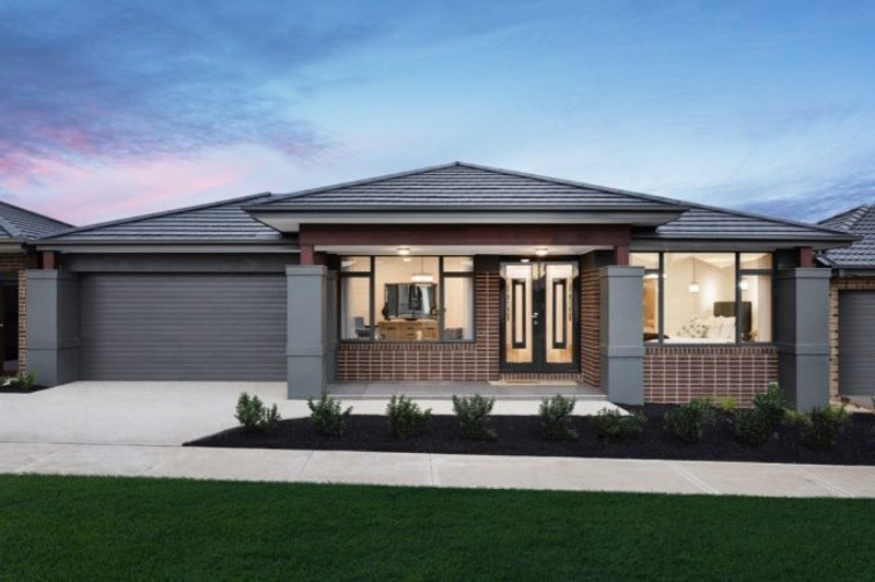 Single storey Auburn House by Lentini Homes