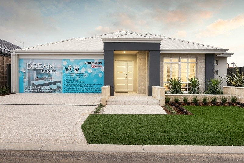 Single storey The Kingston  House by DreamStart Homes