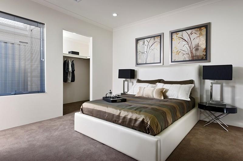 3 beds, 2 baths, 2 cars, 19.21 square interior