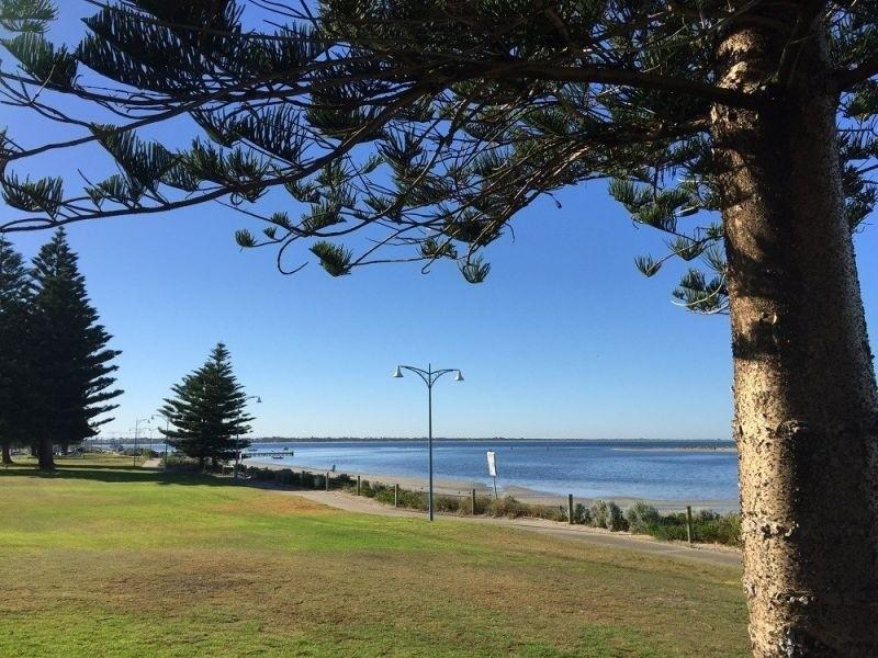 Photo of 48 Rae Road, Safety Bay WA 6169 Australia
